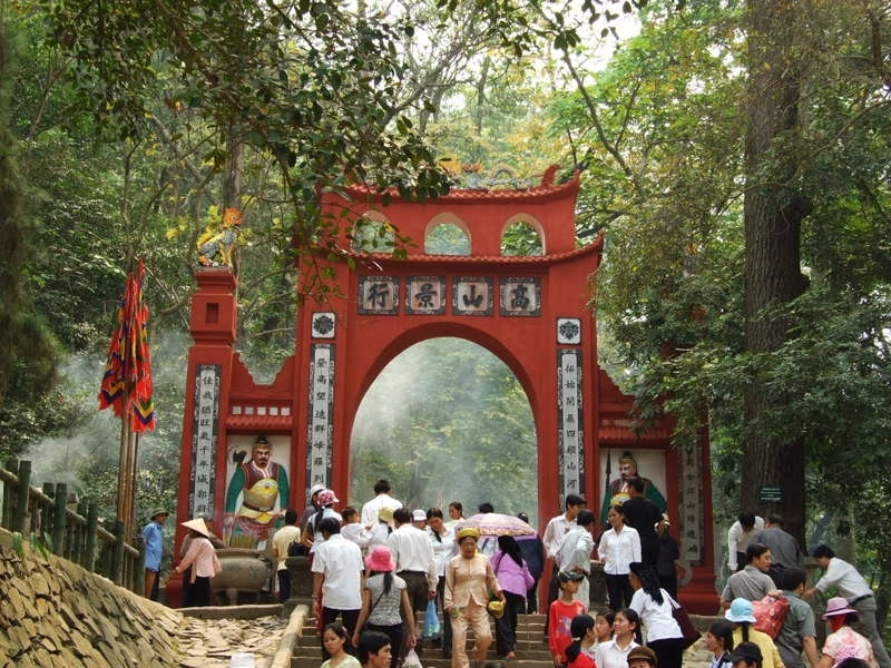 Hà Nội - Đền Hùng - Hà Nội