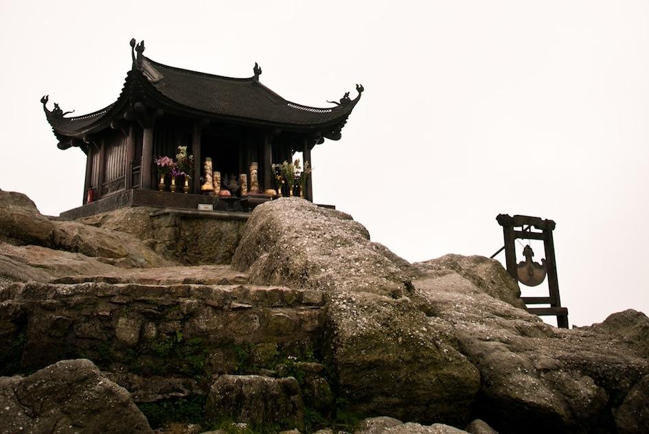 Hà Nội - Yên Tử - Chùa Ba Vàng